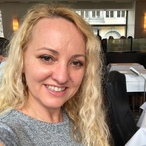 Melinda, 47 éves társkereső nő -
