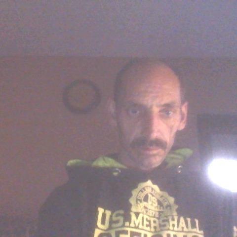 gyorgy, 52 éves társkereső férfi -