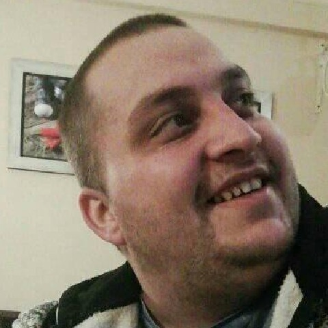 Péter, 28 éves társkereső férfi - Miskolc