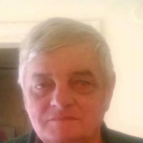 Albert, 69 éves társkereső férfi - Karancskeszi