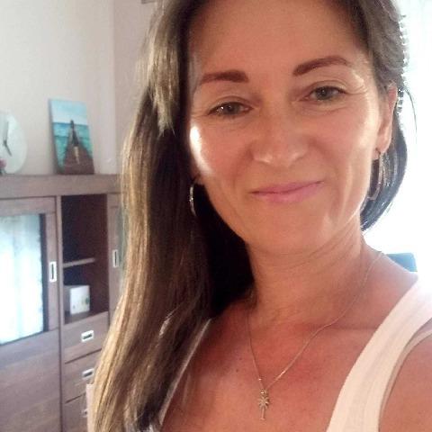 Timi, 43 éves társkereső nő - Linz