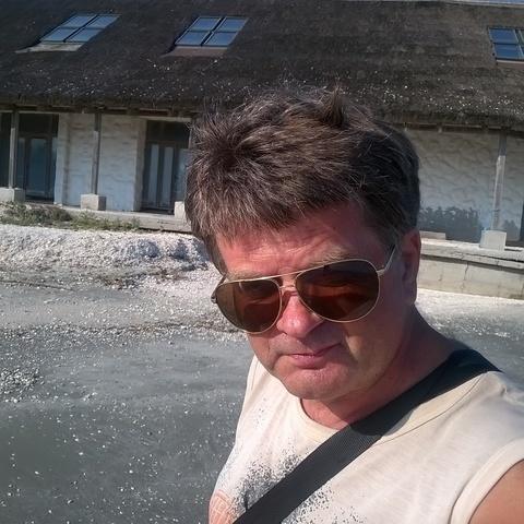 attila, 58 éves társkereső férfi -