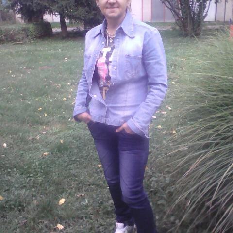 Kata, 54 éves társkereső nő - Mucsi