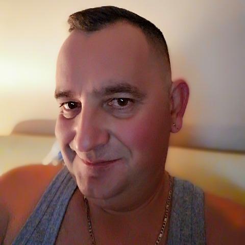 Sanyi, 44 éves társkereső férfi - Debrecen