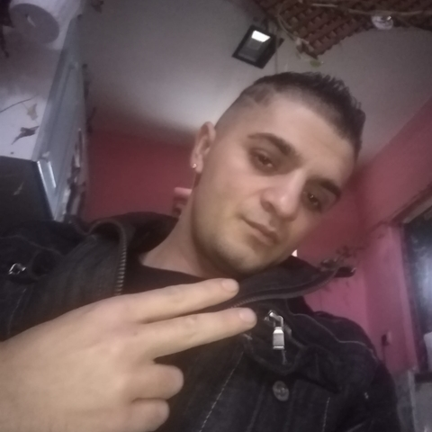 Roland, 27 éves társkereső férfi - Nagykálló