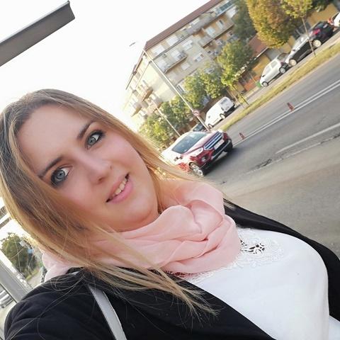 Noémi, 26 éves társkereső nő - Budapest