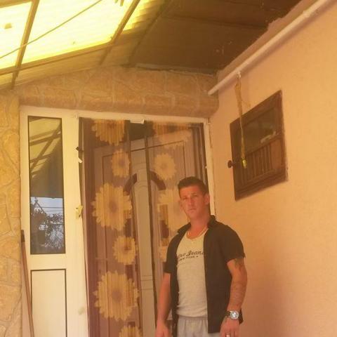Róbert, 30 éves társkereső férfi - Karancskeszi