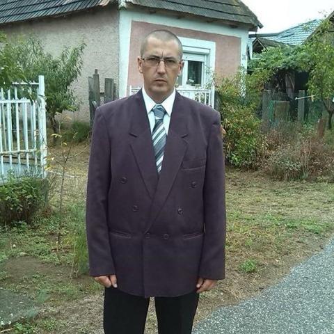 Attila, 42 éves társkereső férfi - Szabolcsveresmart