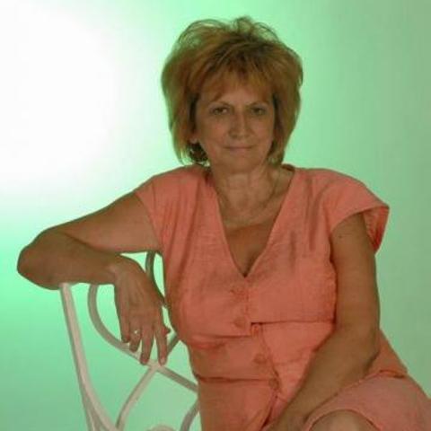 Irén, 63 éves társkereső nő - Szolnok