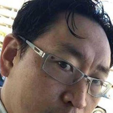 Lee., 54 éves társkereső férfi -