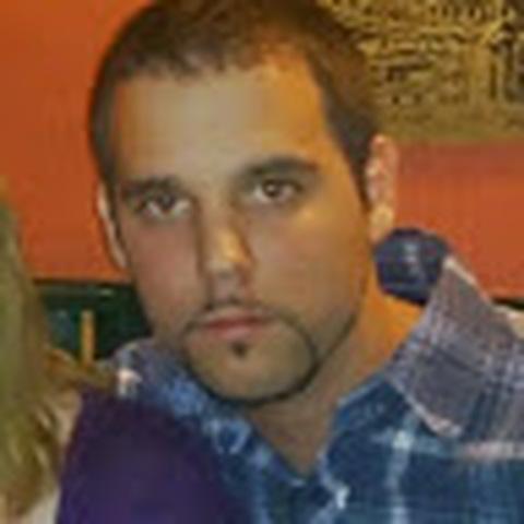 Tibor, 32 éves társkereső férfi - Érd