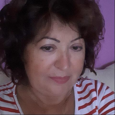 Pircsi, 60 éves társkereső nő - Tiszafüred