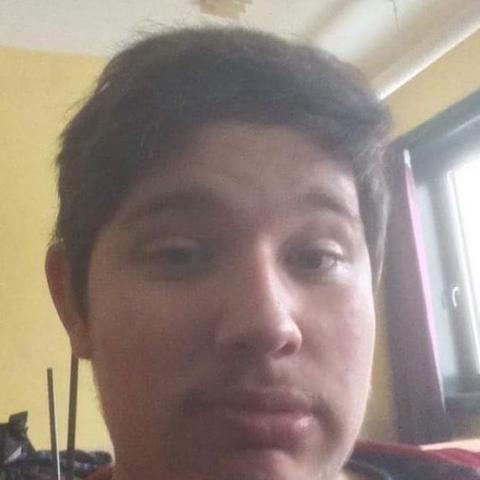 Robi, 20 éves társkereső férfi - Nagyszénás