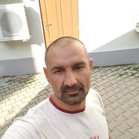 István, 35 éves társkereső férfi - Demecser