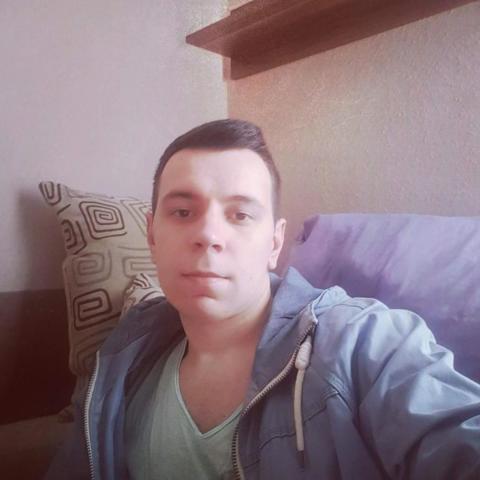 Tamás, 23 éves társkereső férfi - Győr