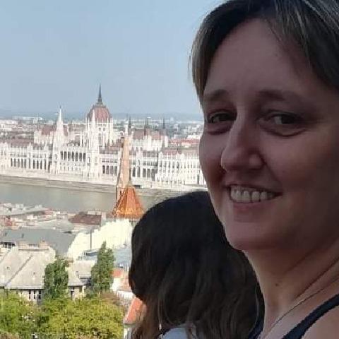 Móni, 43 éves társkereső nő - Cegléd