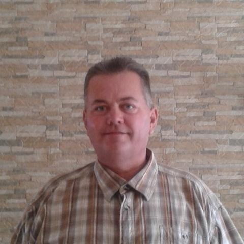 Ákos, 45 éves társkereső férfi - Győr