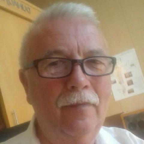 László, 67 éves társkereső férfi - Dunaújváros