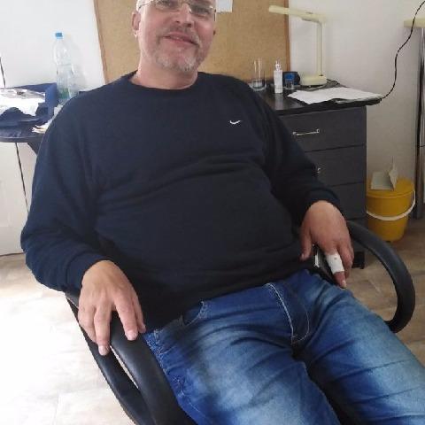 Csaba, 56 éves társkereső férfi - Szentes