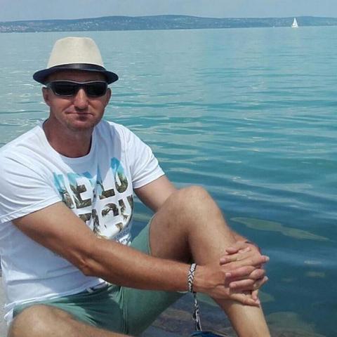 István, 52 éves társkereső férfi - Ózd
