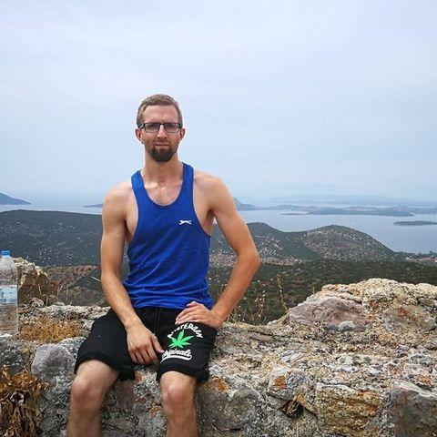 Sándor, 26 éves társkereső férfi - Miskolc