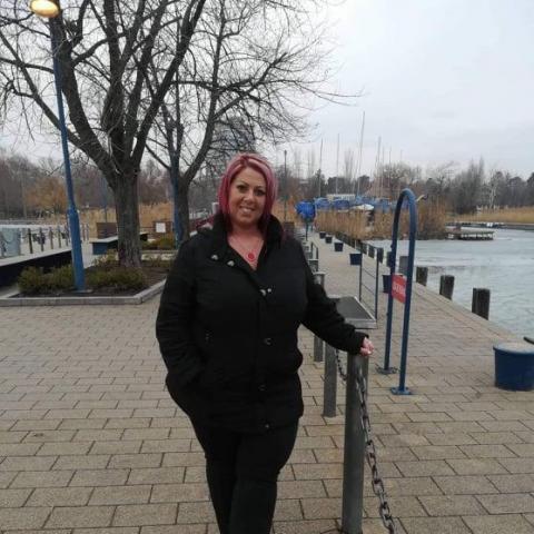 Kinga, 42 éves társkereső nő - Eger