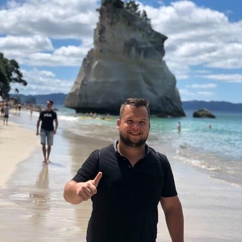 Endre, 26 éves társkereső férfi - Szeged