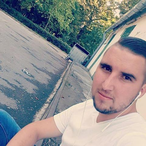 Kardos, 24 éves társkereső férfi - Pécs