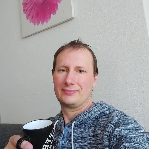 Róbert, 37 éves társkereső férfi - Orosháza