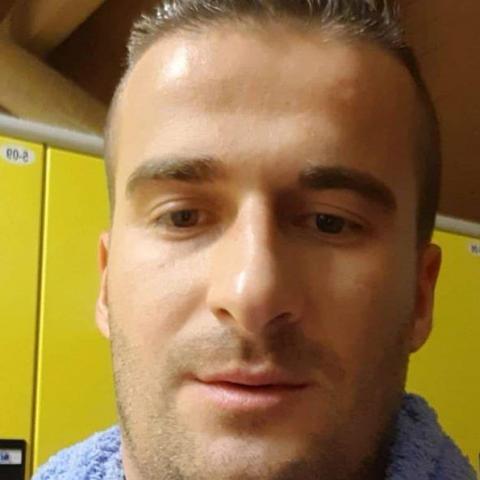 Ádám, 32 éves társkereső férfi - Tiszaújváros