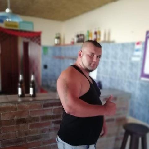Gyõzõ, 29 éves társkereső férfi - Dombóvár
