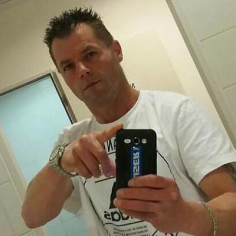 Laci, 46 éves társkereső férfi - Hollókő