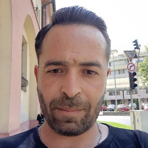 János, 38 éves társkereső férfi - Zalaegerszeg