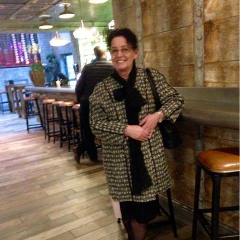 Helén, 57 éves társkereső nő - Győr