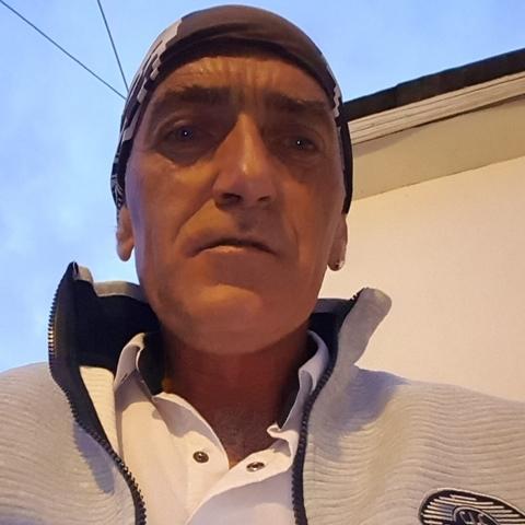 Attila, 47 éves társkereső férfi - Érd
