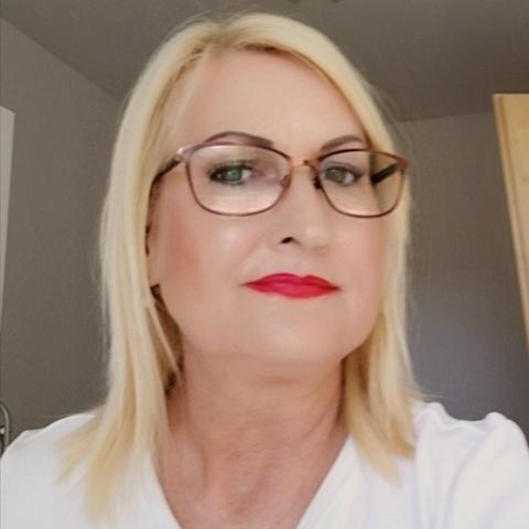 Rózsa, 56 éves társkereső nő - Szeged