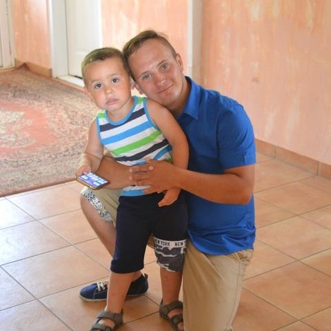 Szénási, 22 éves társkereső férfi - Tépe