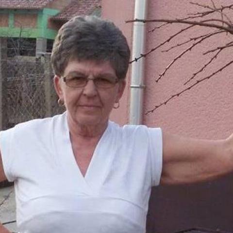 Mária, 69 éves társkereső nő - Paks