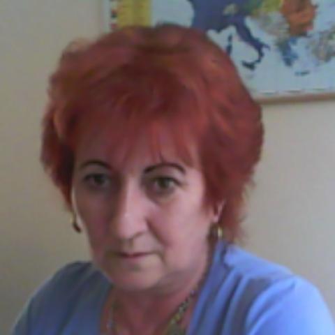 Ágnes, 62 éves társkereső nő - Eger