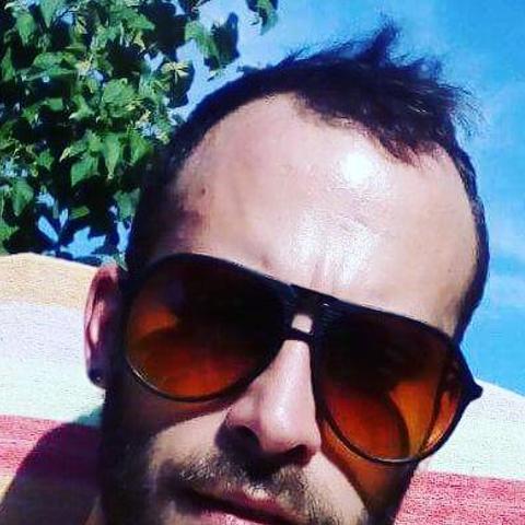 Attila, 29 éves társkereső férfi - Dunaszentgyörgy