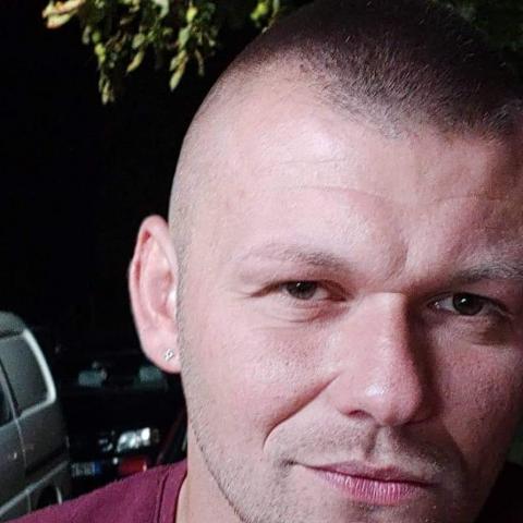 Mihály, 32 éves társkereső férfi - Nyíregyháza
