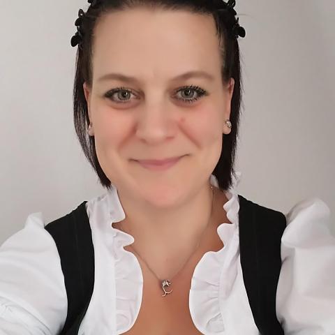 Piros, 40 éves társkereső nő - Haldensee