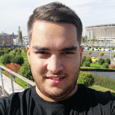Balázs, 22 éves társkereső férfi - Szekszárd