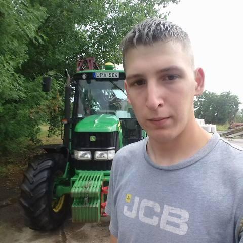 István, 24 éves társkereső férfi - Gádoros
