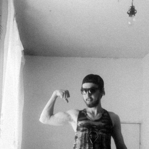 Tomi, 25 éves társkereső férfi - Záhony