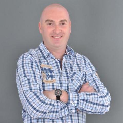 Péter, 37 éves társkereső férfi - Szombathely