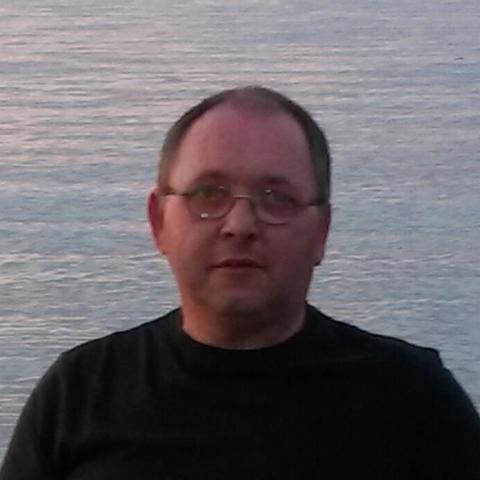 Tamás, 53 éves társkereső férfi - Eger
