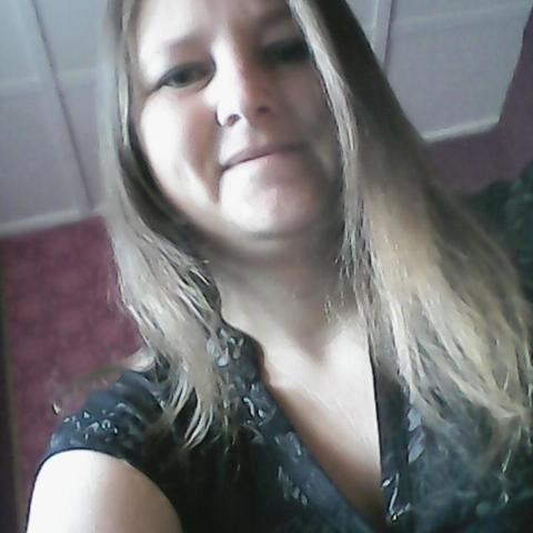 Katalin, 34 éves társkereső nő - Paks