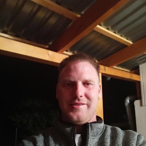 Szilárd, 34 éves társkereső férfi - Bécs