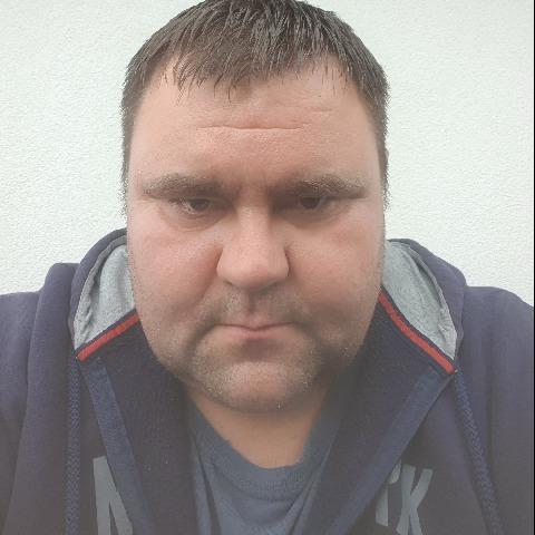 Ricsi , 40 éves társkereső férfi - Fehérvárcsurgó